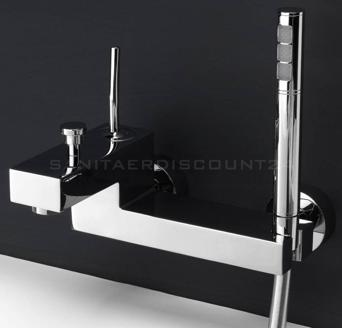 design quadro badewannen armatur hey joe mit brauseset massiv chrom. Black Bedroom Furniture Sets. Home Design Ideas