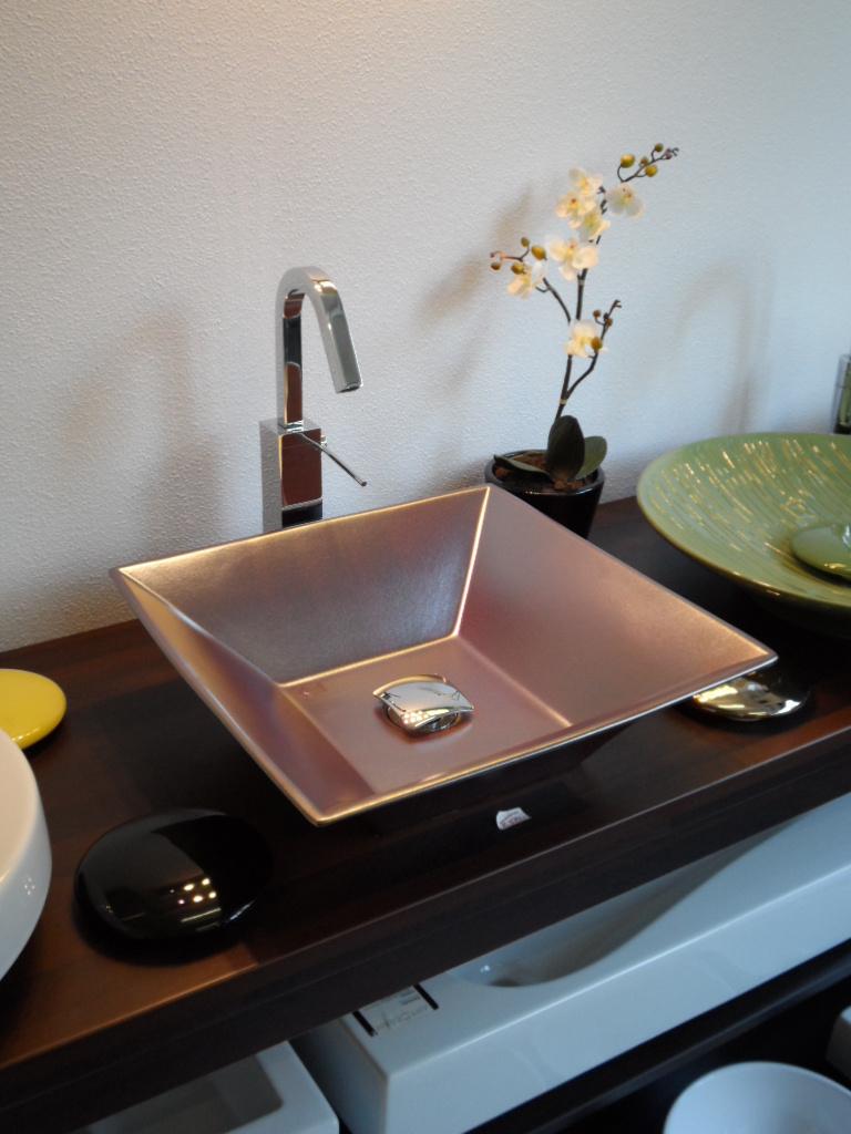 aussteller hidra keramik design aufsatz waschschale shed. Black Bedroom Furniture Sets. Home Design Ideas